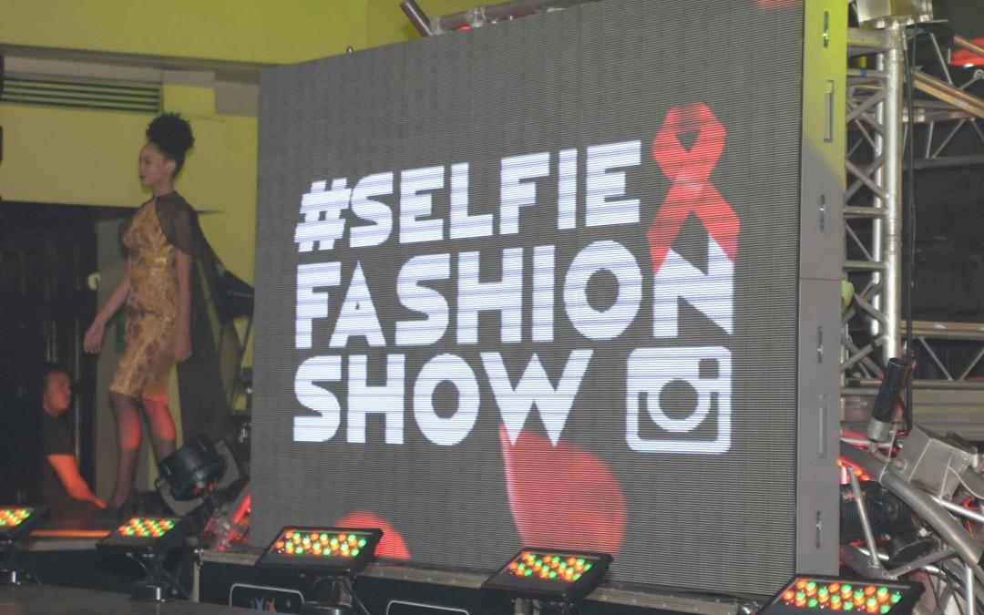 Selfie Fashion Show La Esmeralda